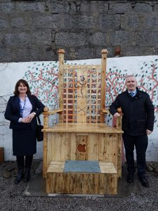 Roz McCurrach (HMP and YOI Grampian) and Thane Lawrie (Chief Executive, Scarf) with the memorial throne